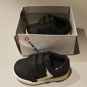 Toddler Airwalk shoes
